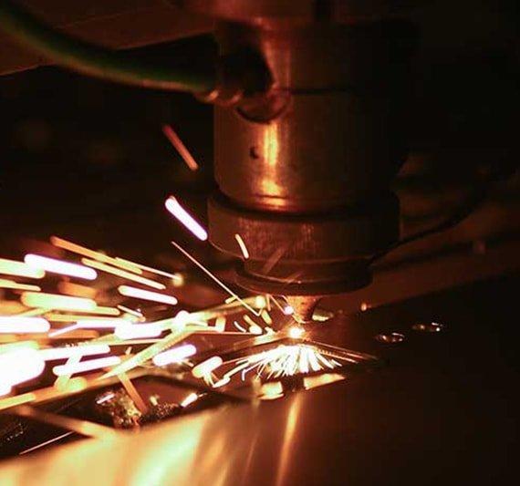 Laser-Cutting-570x533